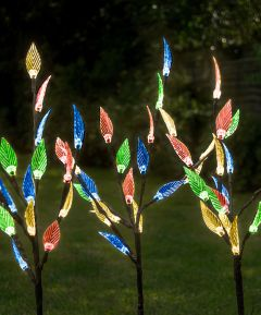 Triple Tree Solar Light with Leaves - Multi